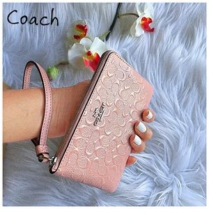 PRICE FIRM ✔️JUST IN ✔️COACH WRISTLETS